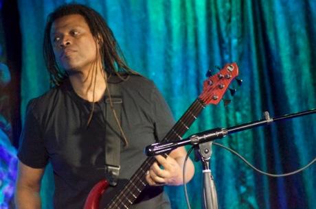 Bassist Melvin Gibbs